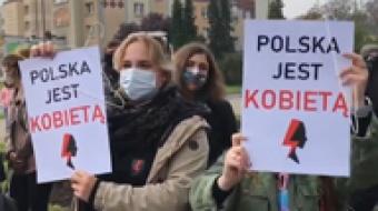 """Najnowsze filmy wideo - """"Piekło kobiet"""" protest na raciborskim rynku, telewizja nasz Racibórz"""